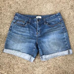 Ann Taylor LOFT jean shorts    (A44)